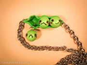 Kawaii Mameshiba green peas on chain