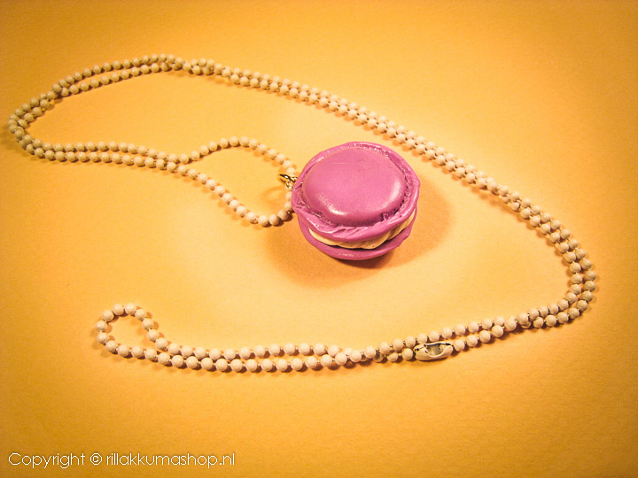 Pinkish macron with white ball chain