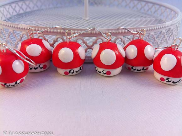 Pair of Kawaii mushroom earrings