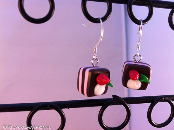 Kawaii cute strawberry Cake earrings