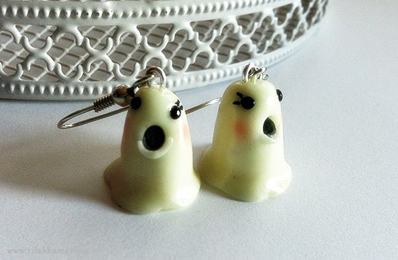 Kawaii Halloween Ghost Glow in the Dark earrings