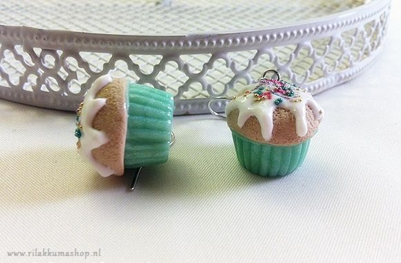 Kawaii cute Vanilla Cupcake earrings