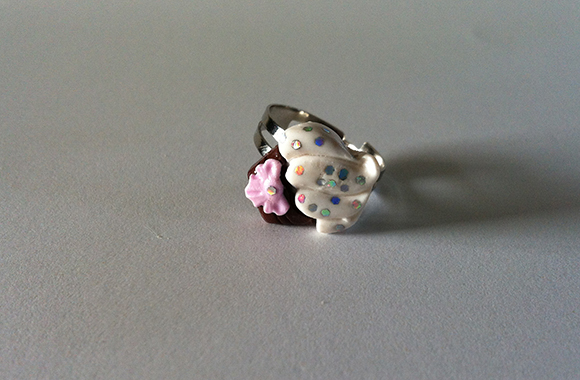 Kawaii Pink Cupcake ring