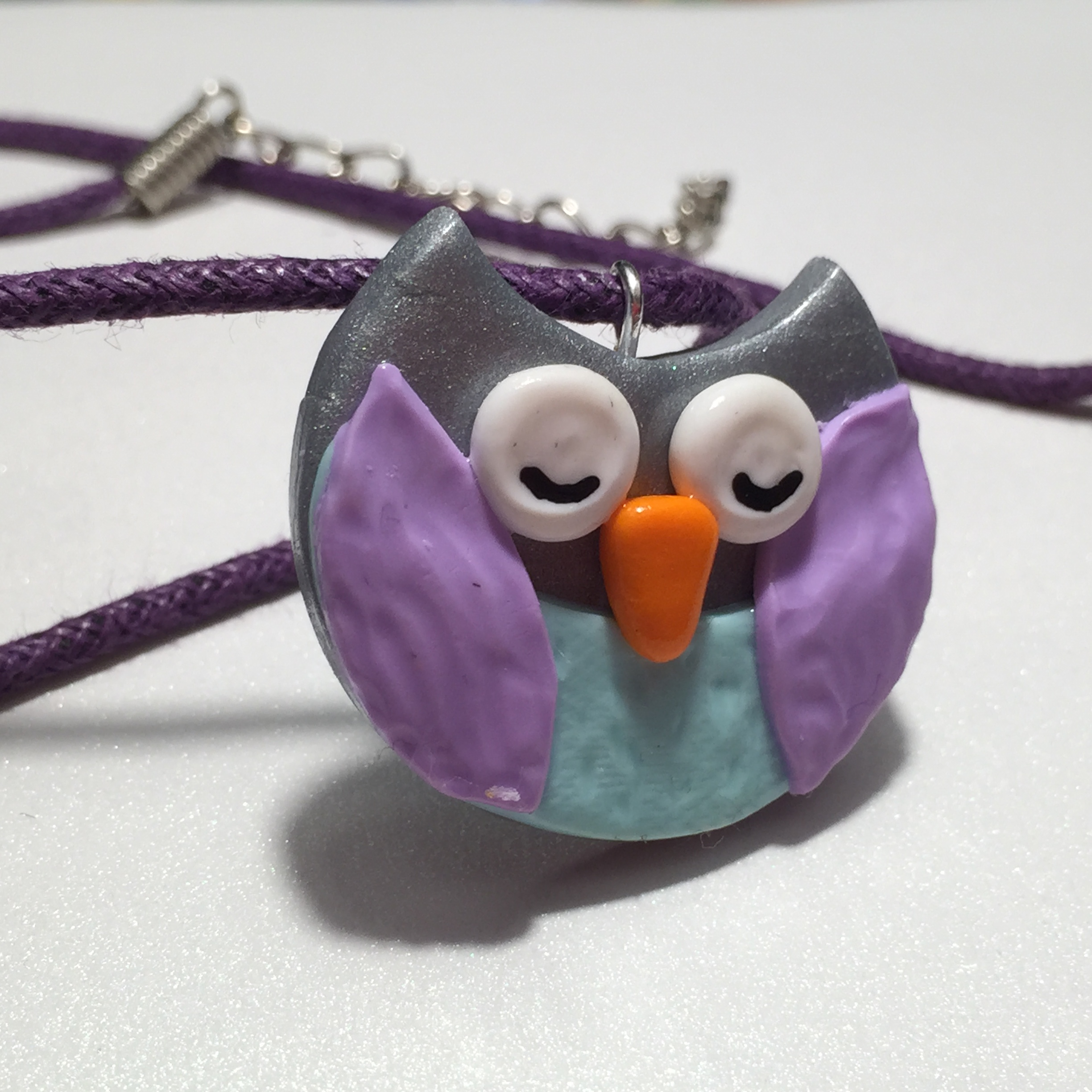 Cute Sleepy Owl Necklace Polymer Clay Jewelry, Fimo clay, rilakkumashop.nl